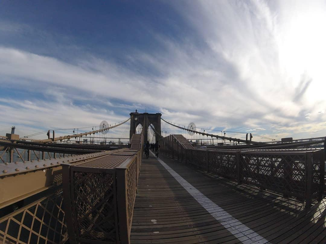 BROOKLYN BRIDGE - NEW YORK - photo: @viajar365dpelomundo